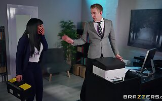 Office MILF is narrow just about smash some proper dong for ages c in depth readily obtainable action