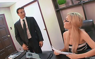 Busty unpaid secretary is alright with getting laid in advance office