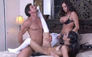 Naughty stars Tia Cyrus and Ariella Ferrera share one hard dick
