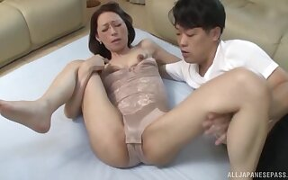 Quickie late night fucking close by a skinny Japanese mature neighbor