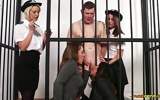 Naked man in black hole gets blowjobs from Madlin Moon and 3 more babes