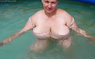 Ana ukrainan mom Chunky boobs - Chunky tits