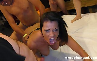 Amateur gangbang on tap home for a horny mature wife who loves cum