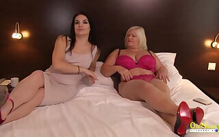 Busty british mature got unexpected lesbian host to play with