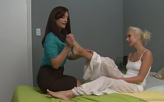Alicia Silver is home alone and very horny so Natasha Voya eats her out