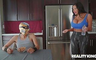 Latina pornstar Sybil Stallone with extra large tits fucked