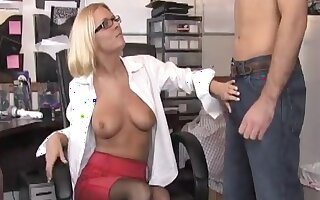 Blonde secretary jerks off her boss and agrees to oral sex