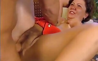 Horst fucks his chubby Hungarian wife for Breakfast