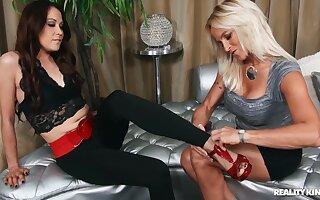 Erotic lesbian sex with pussy licking MILFs Dani Dare & Katt Lowden