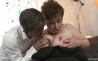 Mature spreads for house-servant to fuck the brush ruthless