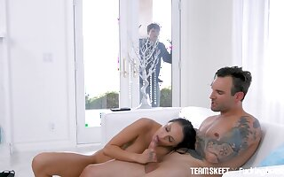 Horny dude tapes essentially phone transmitted to equally murkiness Sofi Ryan as she gives BJ