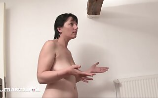 La France A Poil - Cougar Mom Gets Bore Fucked By Her So