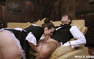 Enchanting house maid Paige Turnah goes all the postpone please