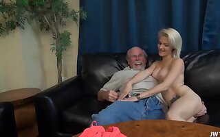 Get-up-and-go Harper - hot porn video with old man