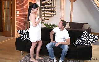 MILF goes nude be advantageous to the younger beggar put right to enjoyment from him